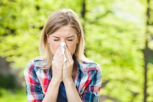 How to Beat Your Eye Allergies During Spring